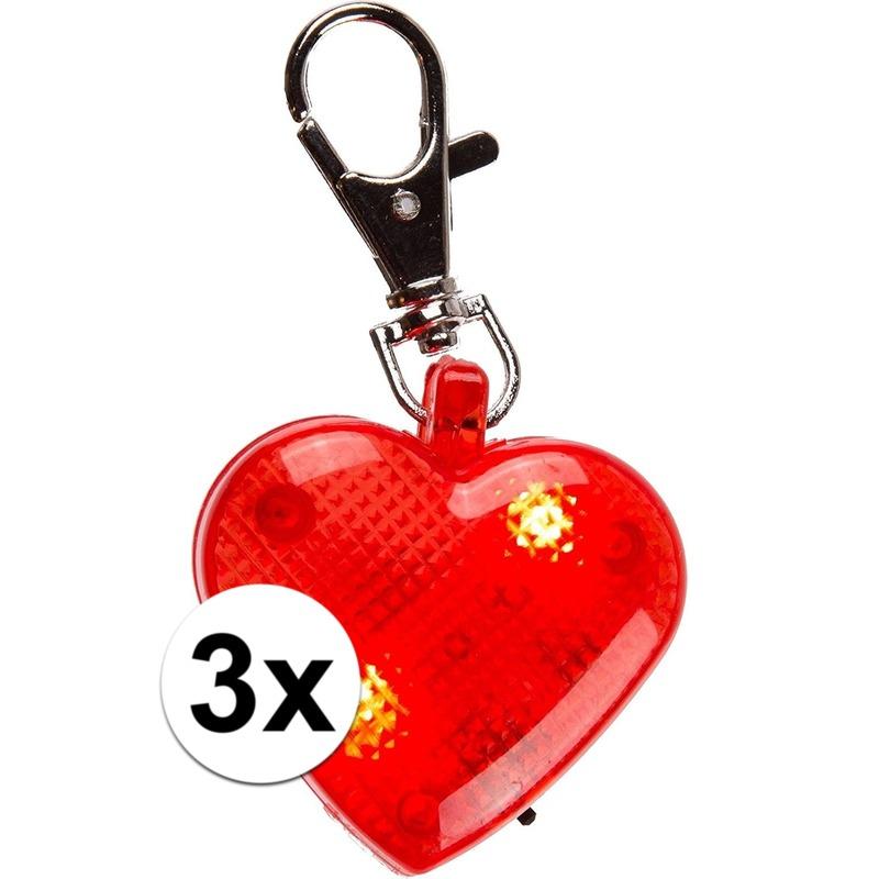 Hartjes sleutelhangers met licht 4 cm 3 stuks