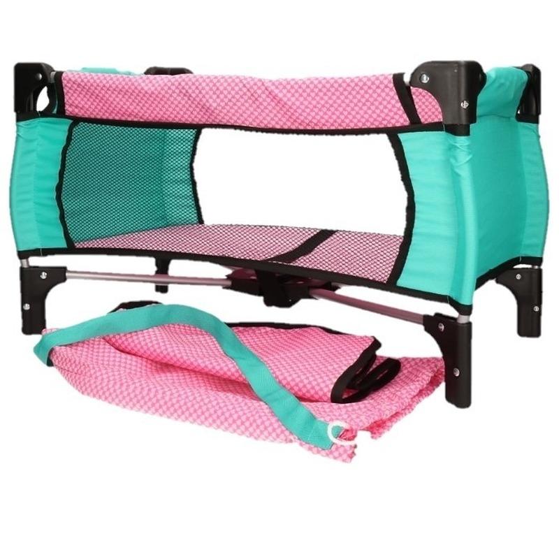 Roze campingbedje voor een pop